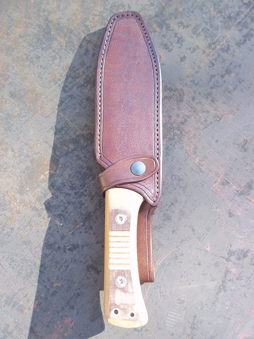 Kožené pouzdro na nůž