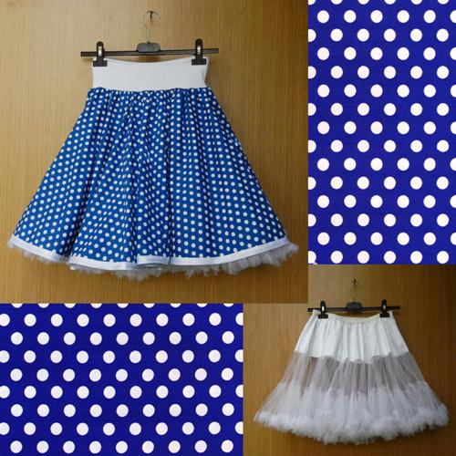 Modrá puntíkovaná sukně+objemnější bílá spodnička
