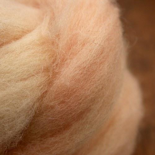 Tělový barvený česanec 10/20 g