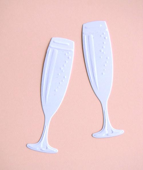 Dvě skleničky šampaňského