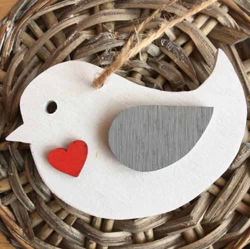 Dřevěný ptáček 7 cm červené srdce