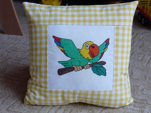 Povlak na polštář s papouškem