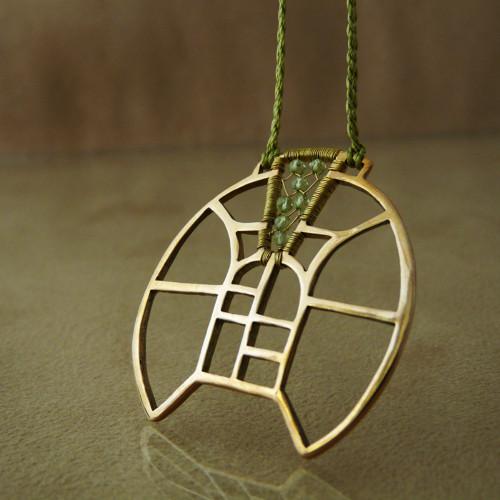 Rozeta s olivínem - náhrdelník - bronz