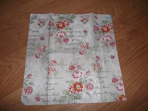 Kapesníček na decoupage - květinový