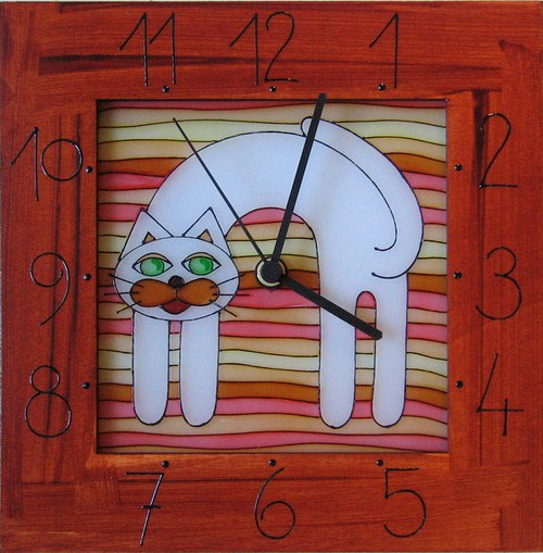 Kočička - hodiny v rámu 25cm