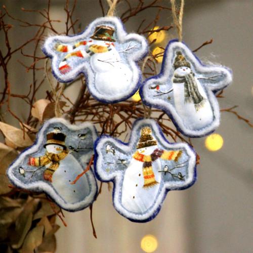 Látkové vánoční ozdoby - sněhuláčci - 4 ks
