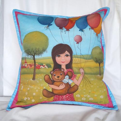 Holčička s balonky (50x50 cm) 100 % bavlna