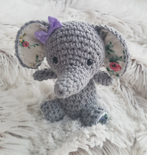 Háčkovaný slon - talisman