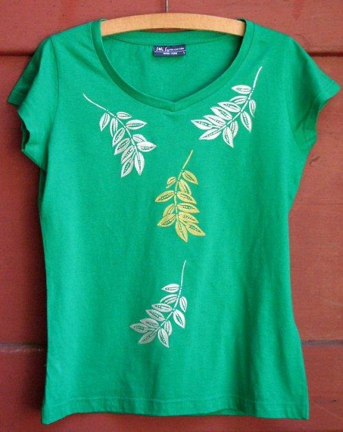 Zelené triko s listy
