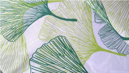 Zelené gingko listy na bílé 100% bavlně