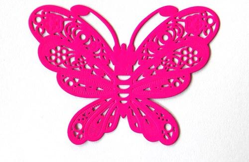 Motýl růžový 38x50mm