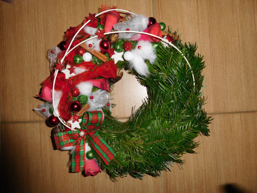 Vánoční věnec na dveře - červený