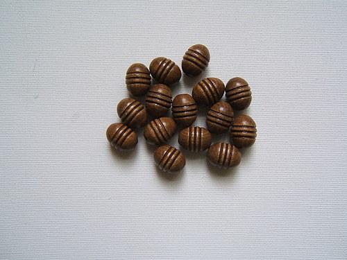 Dřevěné korálky 12 x 16 mm  15ks