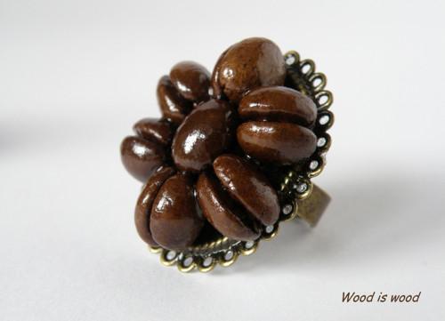 Prsten z pravé kávy (A)