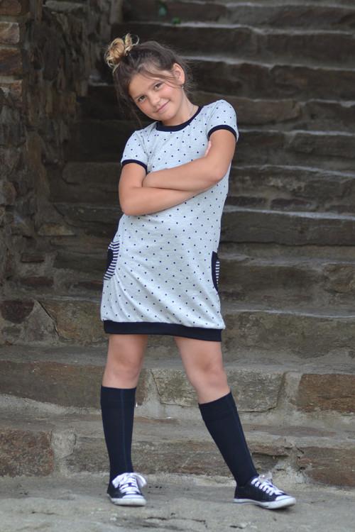 Puntíkaté šaty s kapsami
