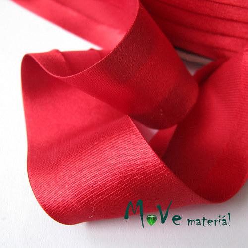 Šikmý proužek saténový šíře 30mm zažehlený červený