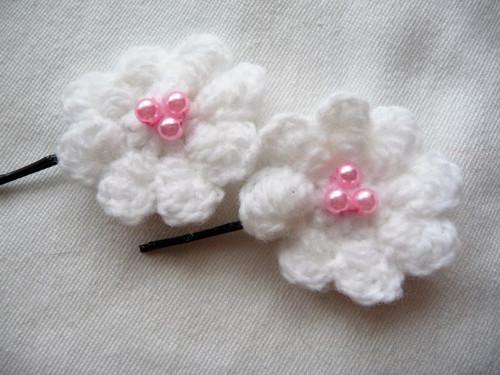 Sponky-bílé s růžovými perličkami