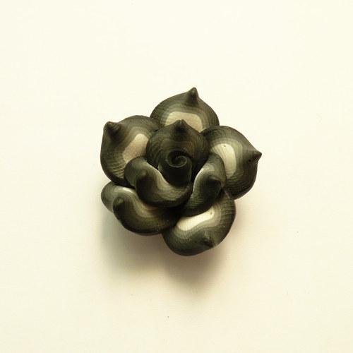 FIMO kytka - černá