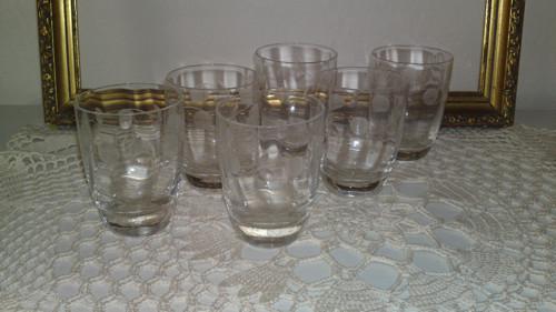 skleničky na likér