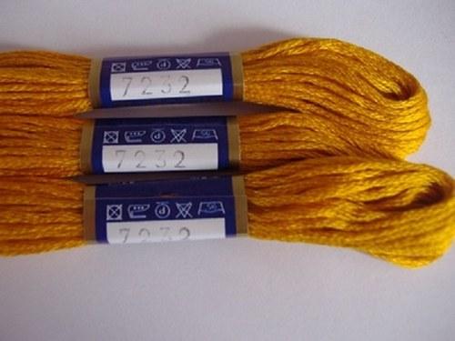 Vyšívací příze Mouline - oranžová hněď