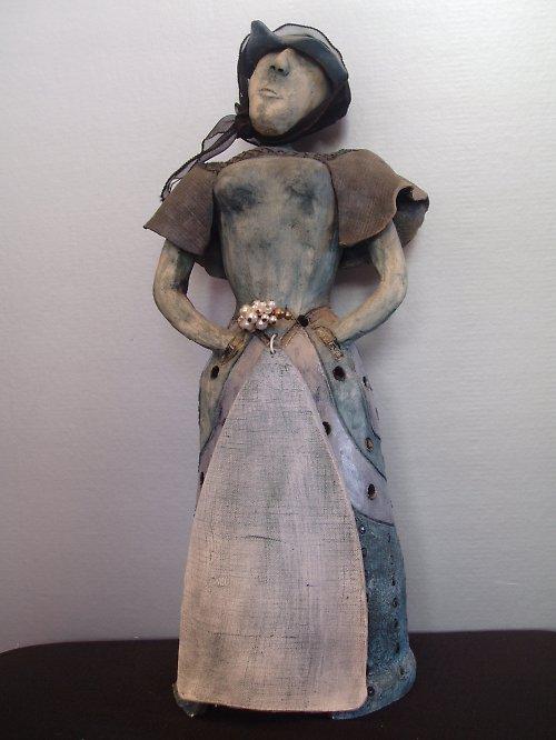 keram. panenka i  SVÍCEN na čajovku sleva z 700 Kč