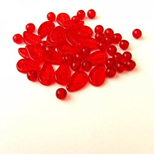 Červené korálky, směs 50 ks.
