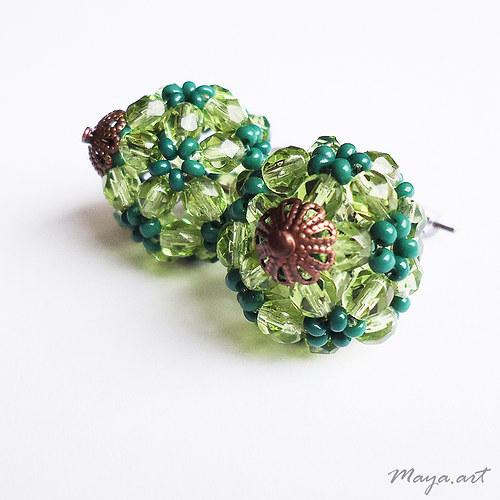 Zelené kuličkové náušnice