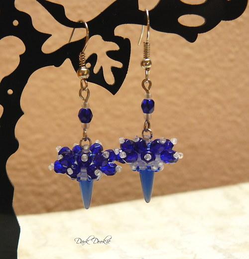 Pichlavé modré III