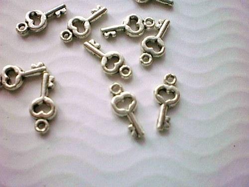 Klíč 16x7,5mm
