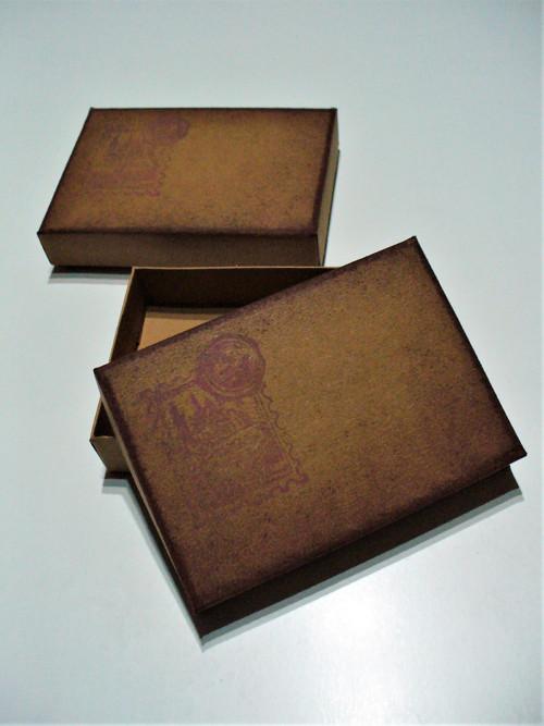 krabička s patinou