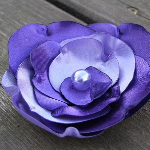 Saténová brož fialová