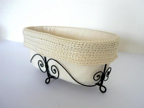 Košík vanička s háčkovaným lemom