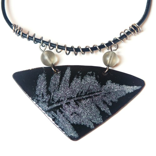 Kapradina VI - smaltovaný náhrdelník