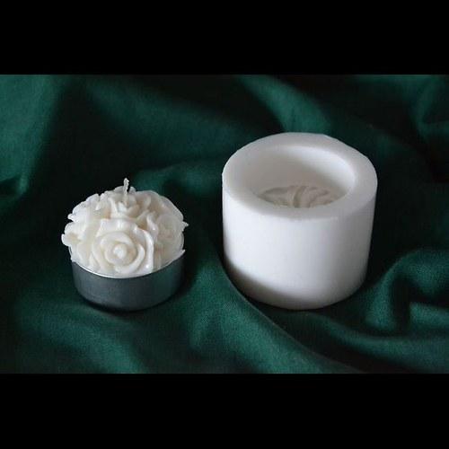 Silik. forma na čaj. svíčku - Květ koule
