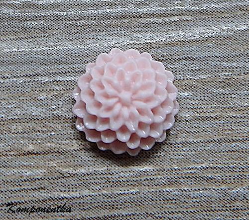 Kabošon květina  12mm 1kus