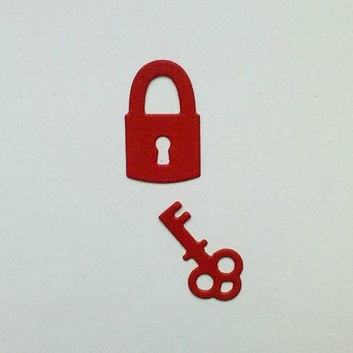 Výsek - Klíče a zámek (menší)  2ks