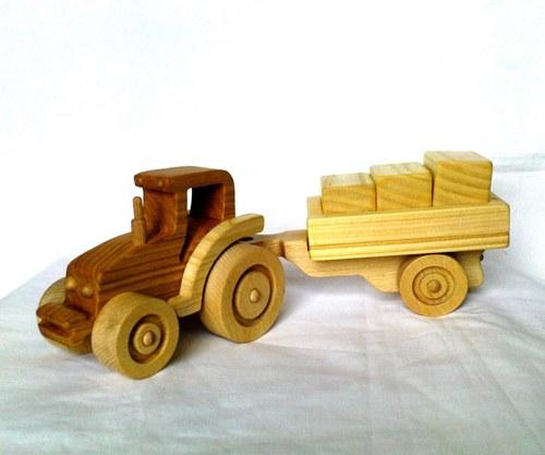 """Traktor \""""GABI\"""" s vlečkou II."""