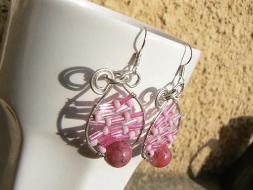Růžové propletené...