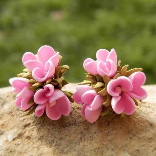 Květinové náušničky