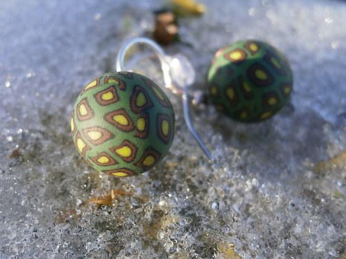 Náušnice kulaté tmavě zelené