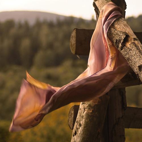 Hedvábný šál - Na křídlech ptáků