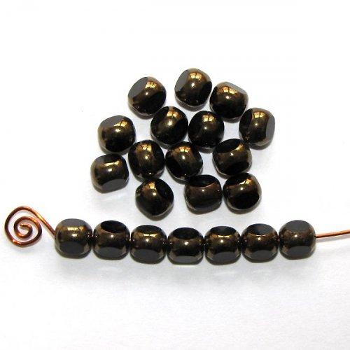 Ohňovky černé se zlatým pokovem,tříboké,6 mm,600ks