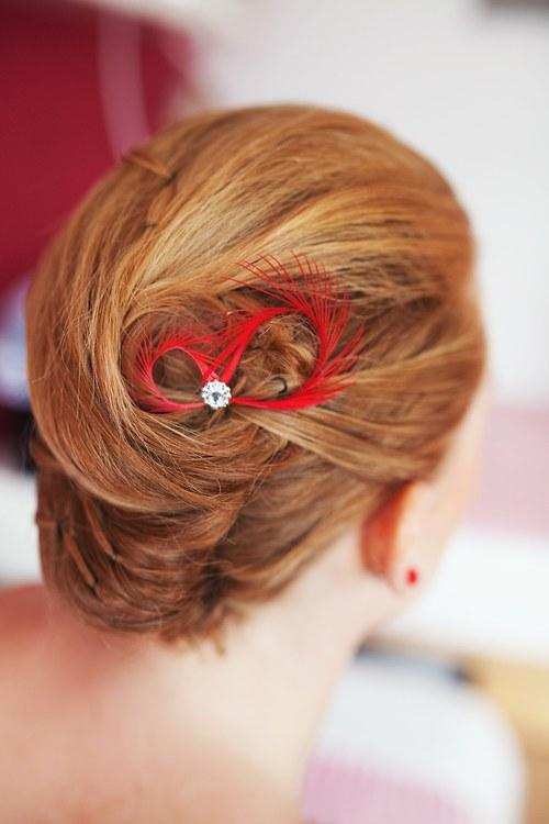 Fascinátory do vlasů červené rudé - na svatbu