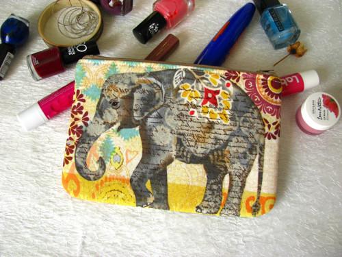 Taštička na mobil - slon indický