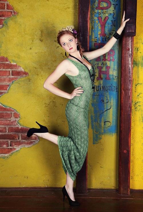 Krajkové šaty až na zem
