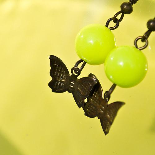 Neonky s motýlem