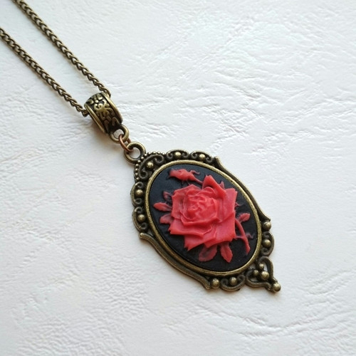 Kamej s růží