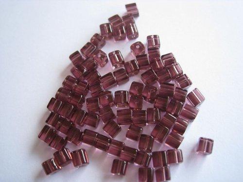 Skleněná kostička tm. růžová, 4 mm, 50 ks/14,-- Kč