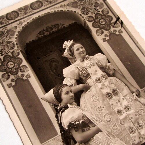 KROJOVANÝ PÁR LANŽHOT - pohlednice č. 1480