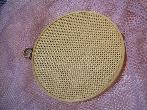 Kruh dekorační s výpletem Ø16cm